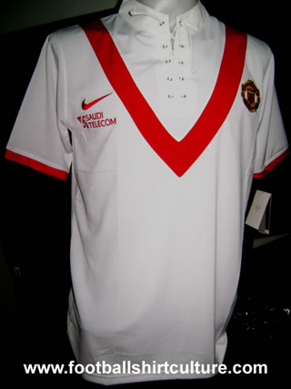 manchester-united-09-10-away-nike-shirt11