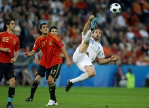"Sotirios ""Sotiris"" Kyrgiakos volleys against Spain."