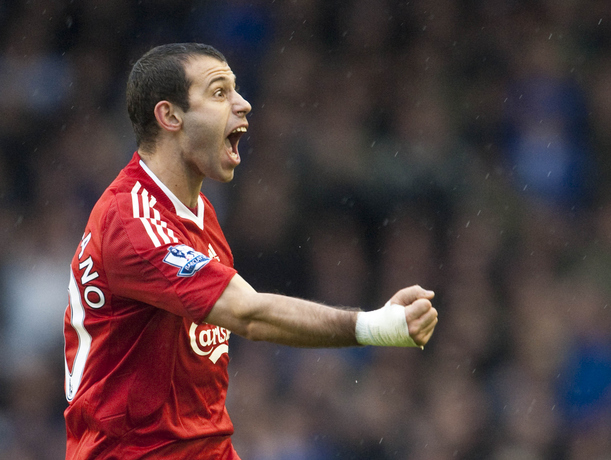 "Javier Mascherano would ""choose Liverpool"" over Barcelona & explains why"
