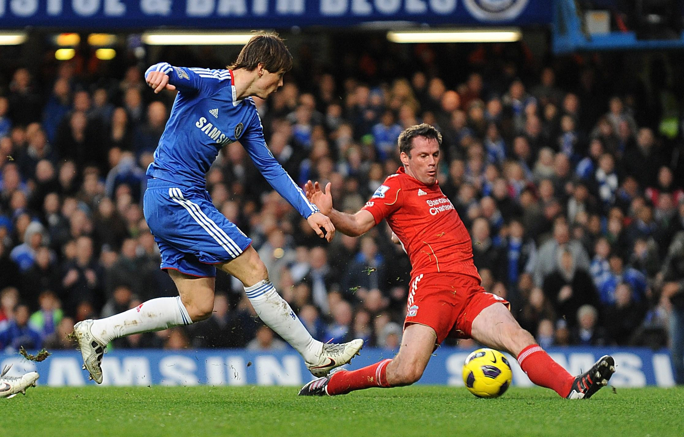 Carragher: Liverpool 'kidded' Chelsea into £50m Torres buy