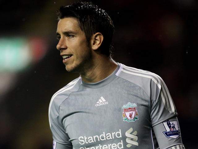 Former Liverpool goalie makes odd comparison between Reds and current club