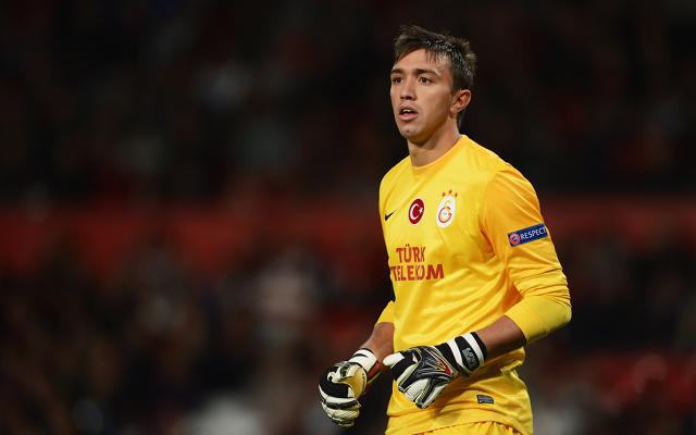 Liverpool target Uruguayan keeper Fernando Muslera