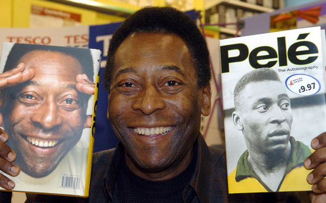 Pele poses with Liverpool shirt… World's best player ever supports best club on the planet!