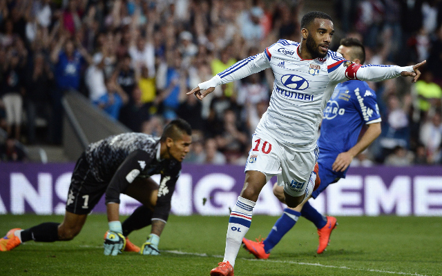Liverpool strongly back in for Lacazette, who's suffering Lyon contract dispute [L'Equipe]