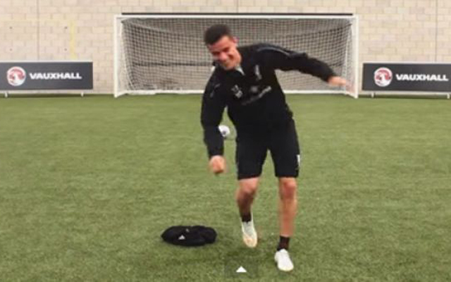 (Video) Liverpool quartet play 'dizzy penalties', with only one player able to score