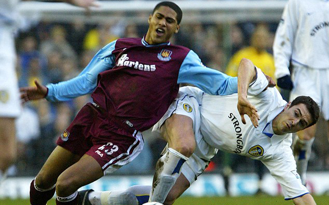 Glen Johnson in talks with West Ham after turning down move to Turkey