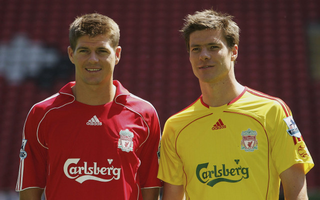 Steven Gerrard criticises former manager for decision to sell Xabi Alonso in 2009
