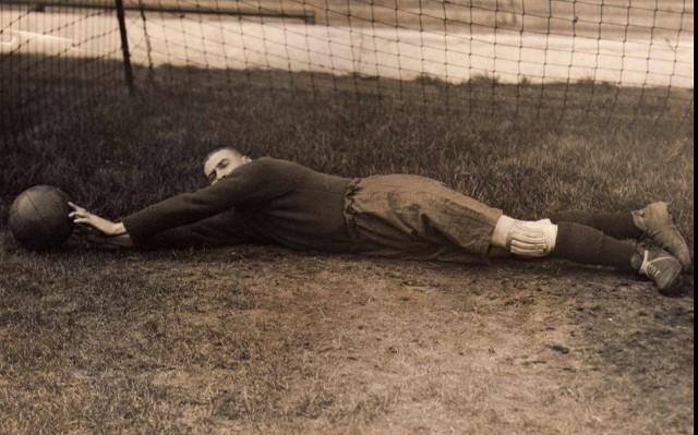 Liverpool's forgotten hero & greatest ever goalkeeper – Elisha Scott