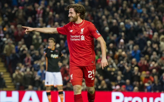 Leicester and Southampton join the race for Joe Allen