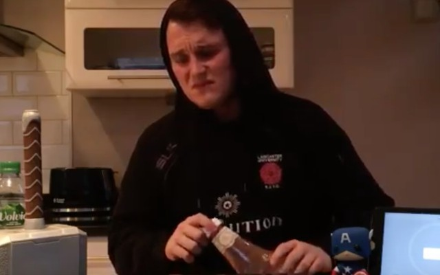 (Video) Brad Smith's brother drinks a litre of ketchup in 3 minutes