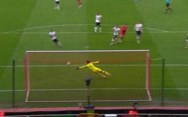 (Video) Coutinho and Sturridge combine beautifully for Liverpool goal v Tottenham