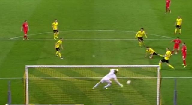 (Video) Weidenfeller's brilliant triple save for Dortmund v Liverpool