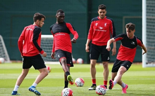(Images) Liverpool have a new sponsor on training gear (and it's a betting company…)