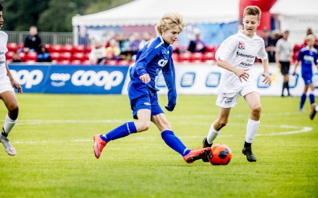 (Video) Watch Liverpool's wonderkid signing take the mickey at Norwegian youth level