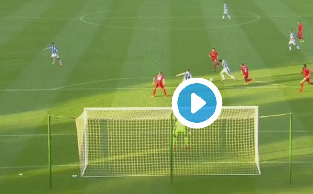 (Video) Karius takes to Twitter to show off super save v Huddersfield