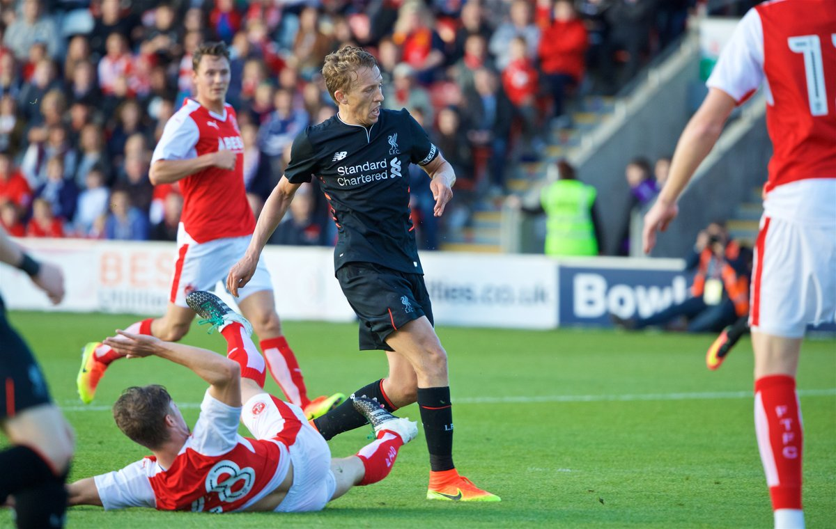 Liverpool thump Fleetwood Town 5-0 to maintain winning start in pre-season friendlies