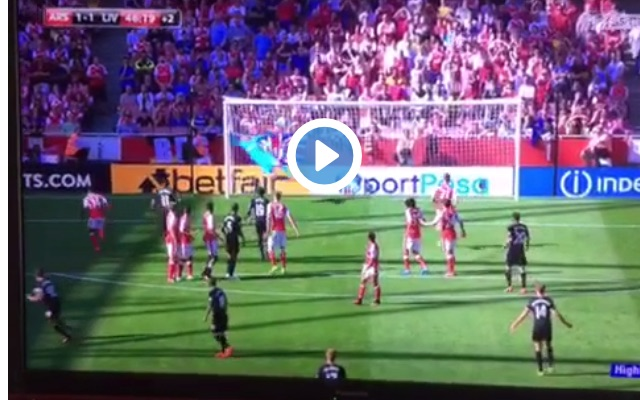 (Video) Coutinho scores absolutely stunning free-kick in 1st-half injury time v Arsenal