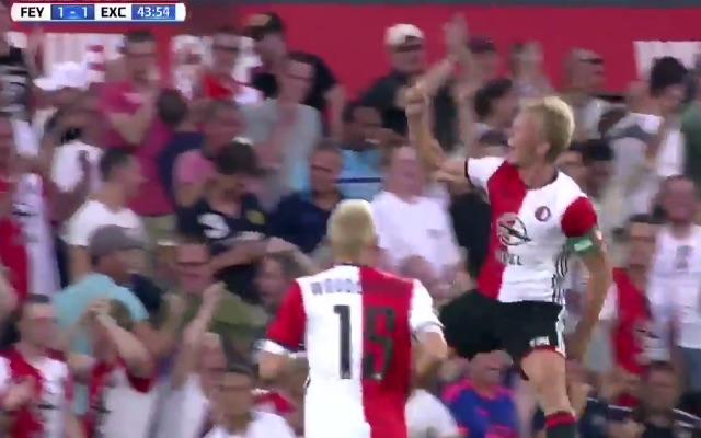 (Video) Dirk Kuyt, 36, bags two beauties for Feyenoord