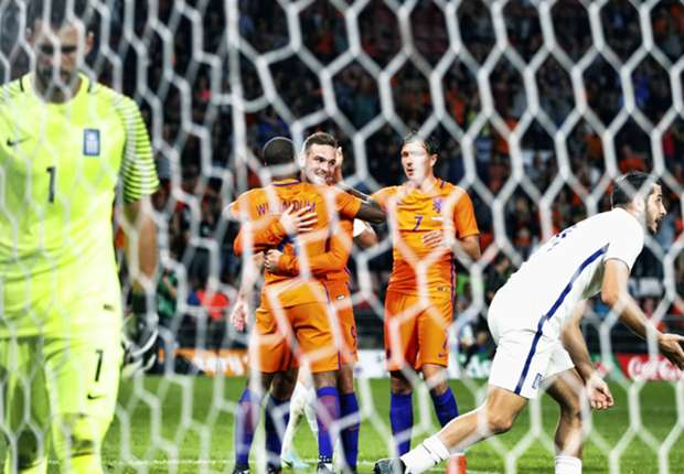 (Video) Wijnaldum scores hilariously fortuitous goal for The Netherlands, but they still lose to Greece