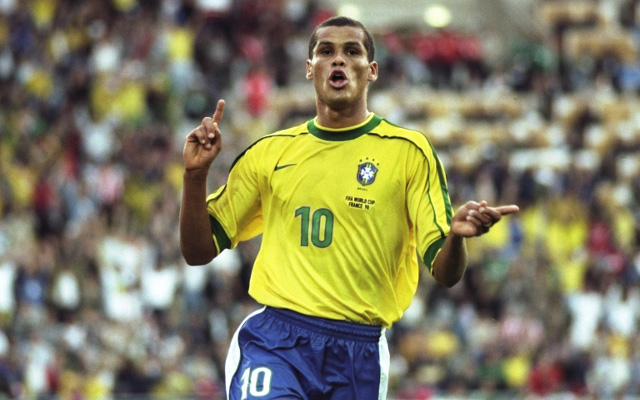Rivaldo makes Firmino PL record all about himself & Manchester United
