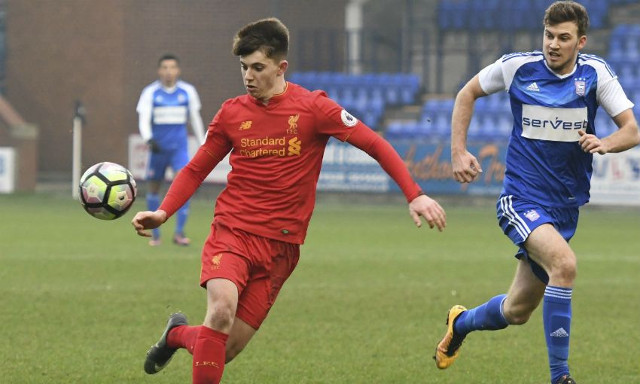 (Video) Woodburn dominates in new position for U23s that hints at LFC future role