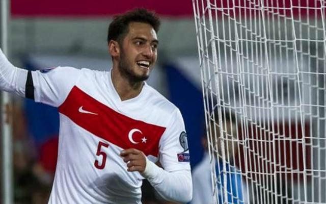 Liverpool must consider Turkish sensation Hakan Calhanoglu this summer
