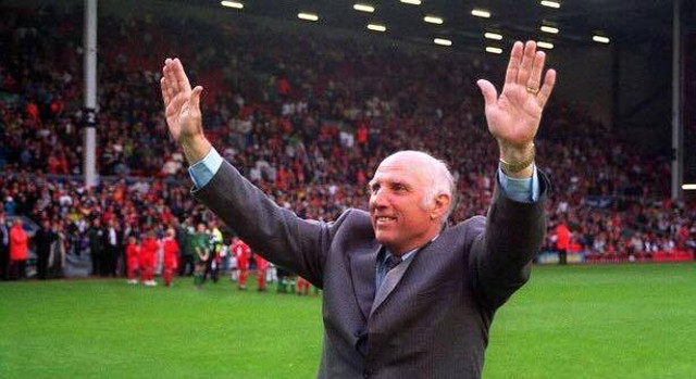 The footballing world pays tribute to LFC legend Ronnie Moran after news of his death