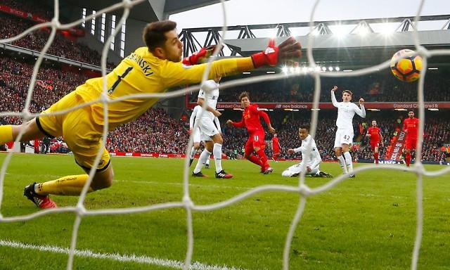 Roberto Firmino overlooks Stoke stunner as he names his best goal in 2016/2017