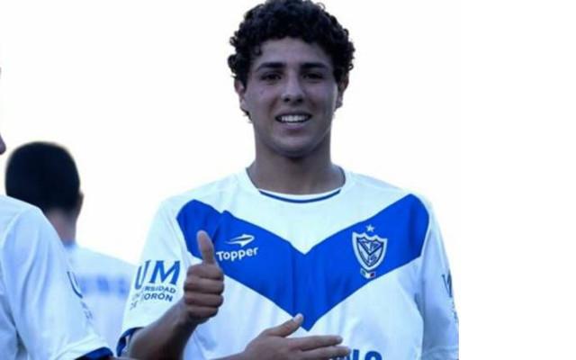 LFC submit bid for Argentina striker [18]