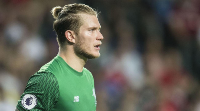 Wolves agree transfer for Liverpool goalkeeper Loris Karius – report