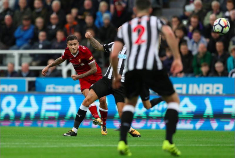 (Video) Genius Coutinho scores yet another long range stunner