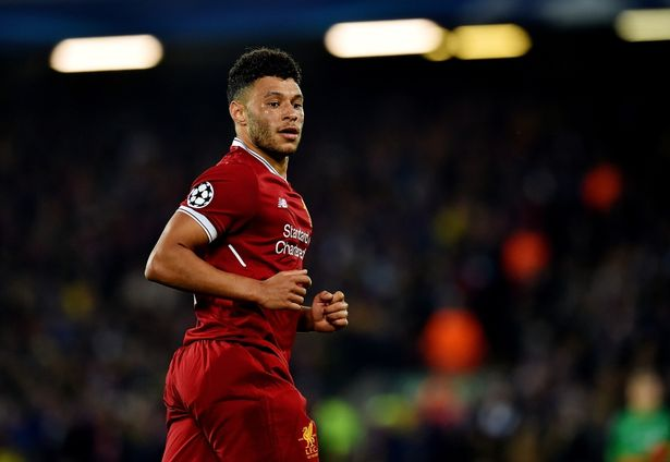Exclusive: Klopp tells Ox to ignore the idiots