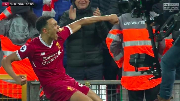 (Video) Alexander-Arnold bags 'Yeboah-Esque' screamer & sends Kop wild