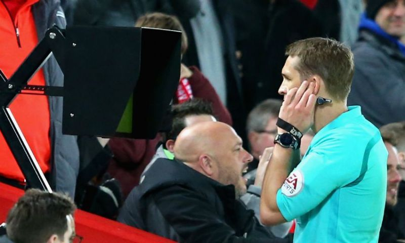 Klopp speaks out on controversial VAR after Liverpool defeat