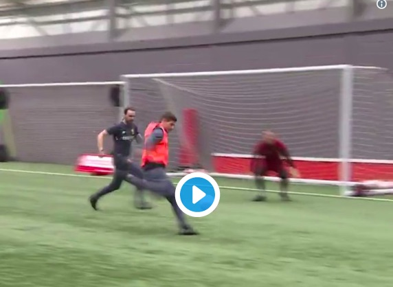 (Video) Watch Ian Rush hit thunderbolt volley, with Gerrard best on show at Melwood