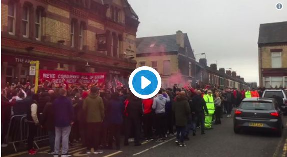(Video) Atmosphere incredible as LFC fans gather to greet coaches