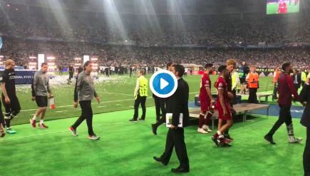 (Video) Jamie Carragher consoles grief-stricken Loris Karius after Champions League final