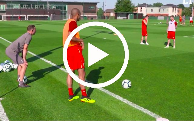 Watch Fabinho dominate triangle drill as Lijnders screams instructions