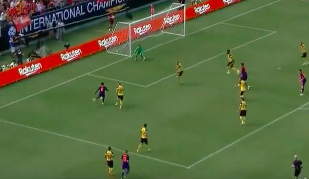 (Video) Naby Keita teases key tendency to his game in Borussia Dortmund display