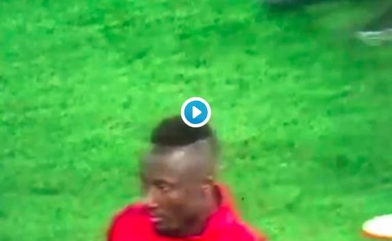 (Video) Fans on Twitter think Keita didn't recognise Lallana as a Red! 🔴