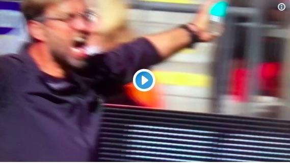 (Video) Klopp b*llocks Salah for not passing late on