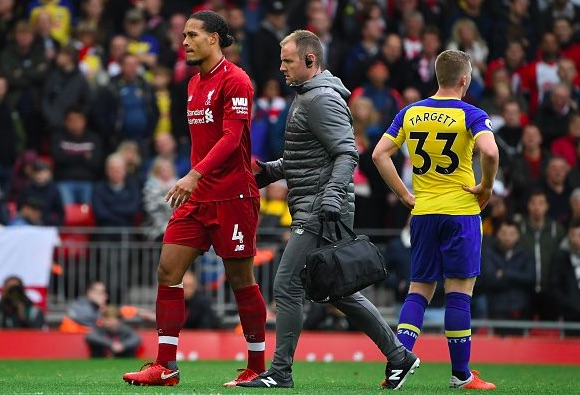 'Take my ribs' Liverpool fans react to injury of key player