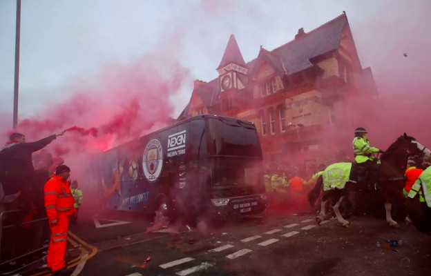Some LFC fans are planning another coach welcoming for Man City on Sunday