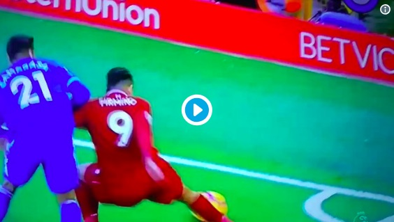 (Video) Firmino does no-look, backheel nutmeg while lying on floor to save corner