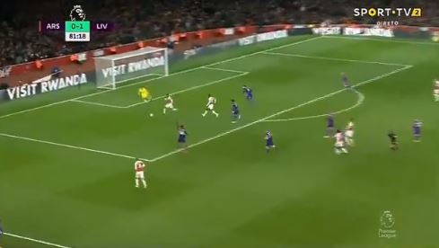 (Videos) Liverpool concede after defensive lapse but almost strike back straight away