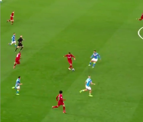(Video) Firmino's rabona backheel v Napoli surfaces & it's beautiful