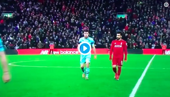 LFC fans love what Van Dijk did to Sokratis in half-time tunnel