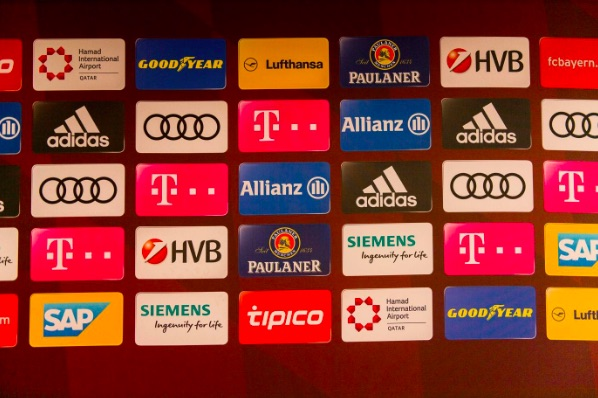 Online Betting Sponsors: The Latest Premier League Kit Trend