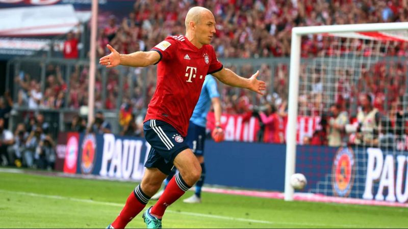 Bayern sign World Cup star; but Robben wishes they'd drawn someone else