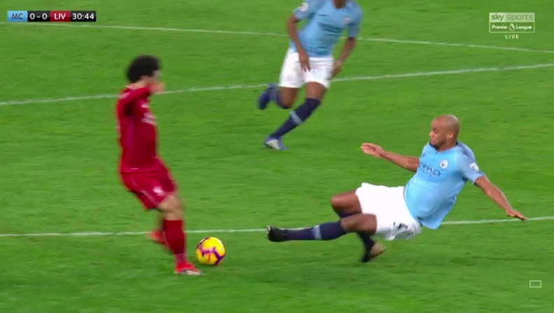 Klopp cannot believe Kompany not sent off for horror-tackle